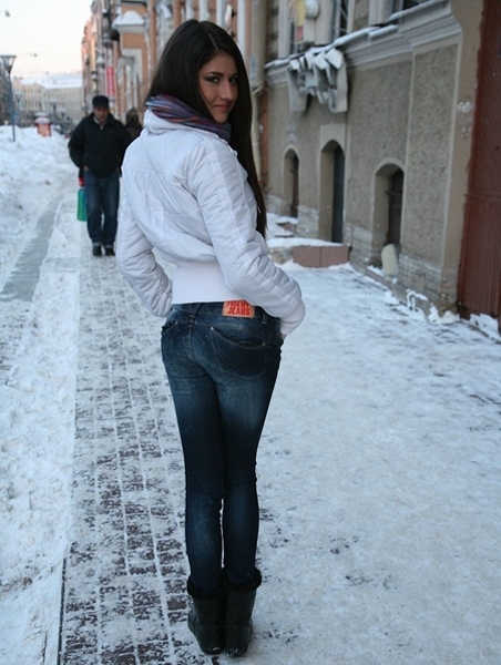 Sally Ledesma Anal With Russian Girl In Jeans HD 720p