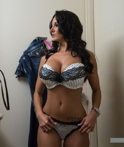 Ava Addams VIP Slut Tonight SD 480p
