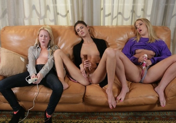 Presley Dawson, Sadie North, Odette Delacroix Three Girlfriends Masturbate Together FullHD 1080p