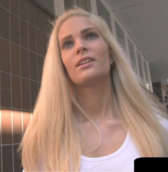 Candee Licious Fuck Amazing Blonde In Underground Car Park SD 480p