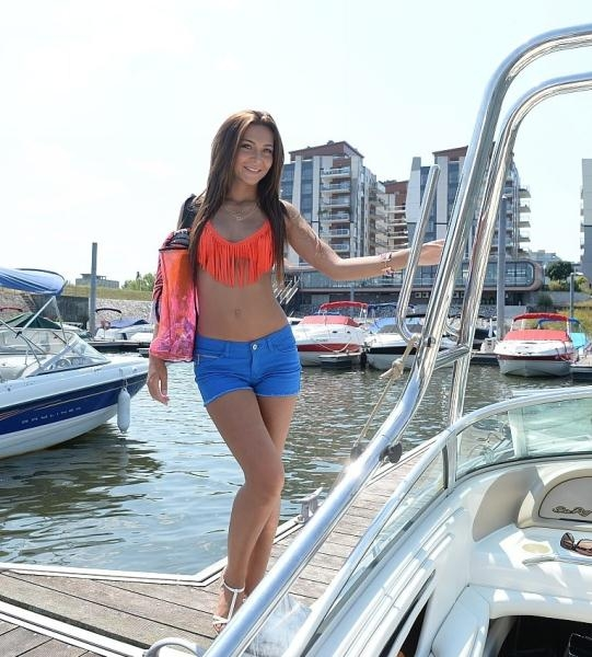 Alexis Brill Sex With Beauty Girl On Boat FullHD 1080p