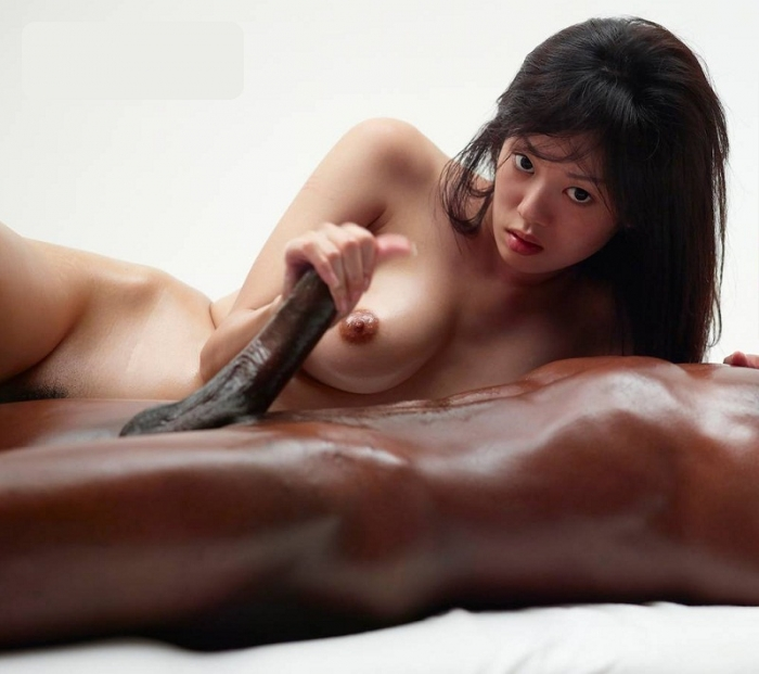 Konata And Mike Asian Girl Make Erotic Massage For BBC FullHD 1080p